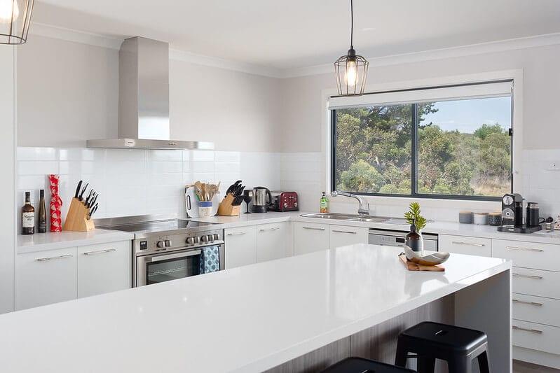 Steam Cleaning Keep Kitchen Clean. Servicing Melbourne, Sydney, Brisbane, Perth Australia